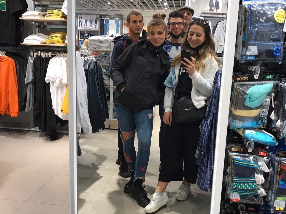 Shopping and walks with the youth