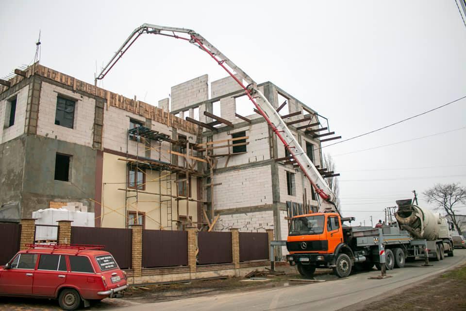 4th floor under construction